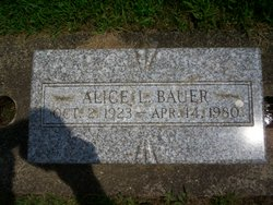 Alice L <i>Ray</i> Bauer