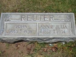 Annie Julia Reuter