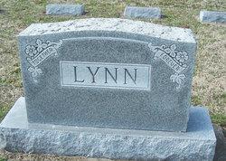 Fred W Lynn
