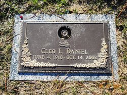 Cleo Mae <i>Lunsford</i> Daniel