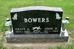 Grace Augusta <i>Buchholz</i> Bowers