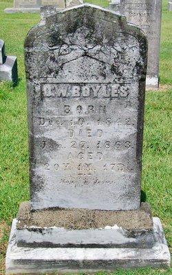 Daniel W Boyles