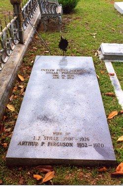 Evelyn Perry Still(e) <i>Milhous</i> Ferguson