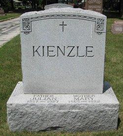 Alexa Kienzle