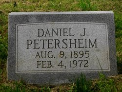 Daniel J Petersheim