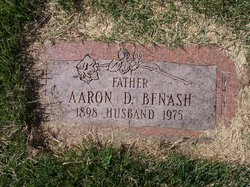 Aaron D Benash