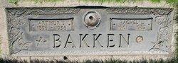 Rachel L Bakken