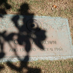 Olivia Ollie <i>Willoughby</i> Brown
