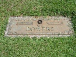 Annie Harriett <i>Peach</i> Bowers