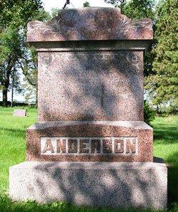 Claudia <i>Aanerud</i> Anderson