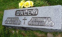 Agnes Daley