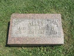Mary Elizabeth <i>Ness</i> Alley