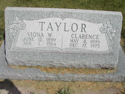 Viona Oletha <i>Williamson</i> Taylor