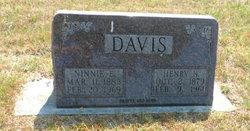 Ninnie E <i>Talburt</i> Davis