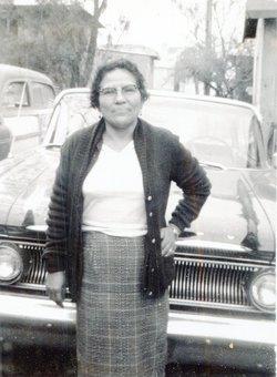 Maria de los Angeles. <i>Guerra</i> Cazares