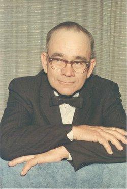 Clyde H Beckner