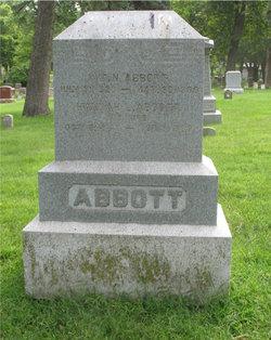Hannah L Abbott