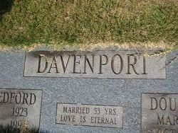 Hellen <i>Ledford</i> Davenport