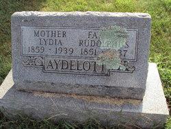 Lydia <i>Casebeer</i> Aydelott