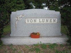 Bettie <i>Hoerle</i> Von Lunen - Neff