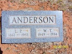 Laura <i>Porter</i> Anderson