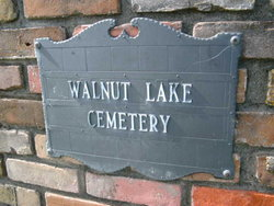 Walnut Lake Cemetery