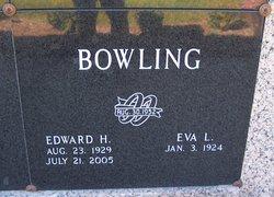 Eva Lorene <i>Wallace</i> Bowling