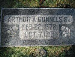 Arthur Gunnels, Sr