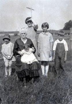 Martha M. Mattie <i>Riches</i> Graves