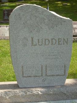Robert S Ludden