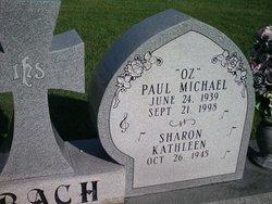 Paul Michael Oz Bach
