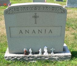 Leonarda <i>Digati</i> Anania