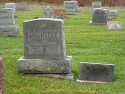 Anna C Cietek
