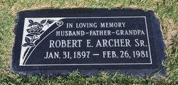 Robert Everett Archer, Sr