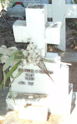 Rumaldo R Chavez