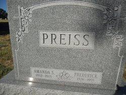 Amanda S Preiss