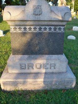 Elizabeth A <i>Witker</i> Broer