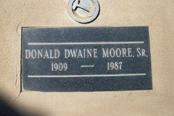Donald Dwaine Moore