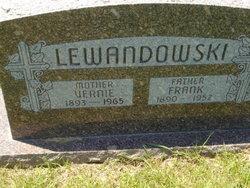 Veronica Vernia <i>Matelski</i> Lewandowski
