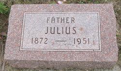 Julius Huth