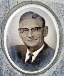 Lloyd Leo Buchser, Sr.