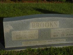 Thomas Oneil Brooks