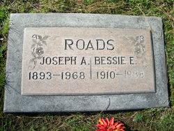 Bessie Ellen <i>Hobbs</i> Roads
