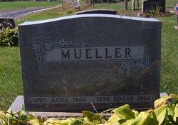 Anna Otelia <i>Kenneke</i> Mueller
