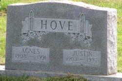 Agnes Hove