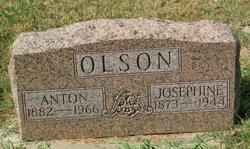 Anton Olson