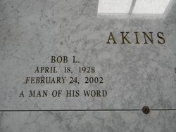 Bobby L. Bob Akins