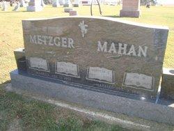 Joe M Mahan