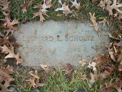 Leonard L Schultz