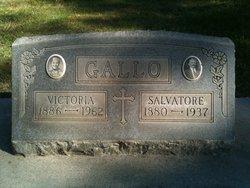 Victoria <i>Grano</i> Gallo